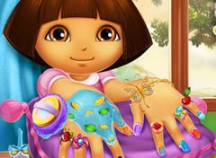 Dora no Spa de Unhas