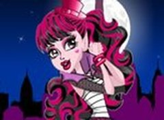 Monster High Draculaura em Scaris