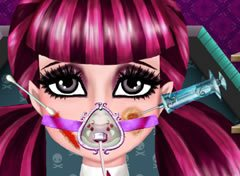 Monster High Draculaura Machucada