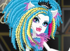 Monster High Electrified Silvi Timberwolf