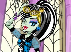 Monster High Look Frankie Stein
